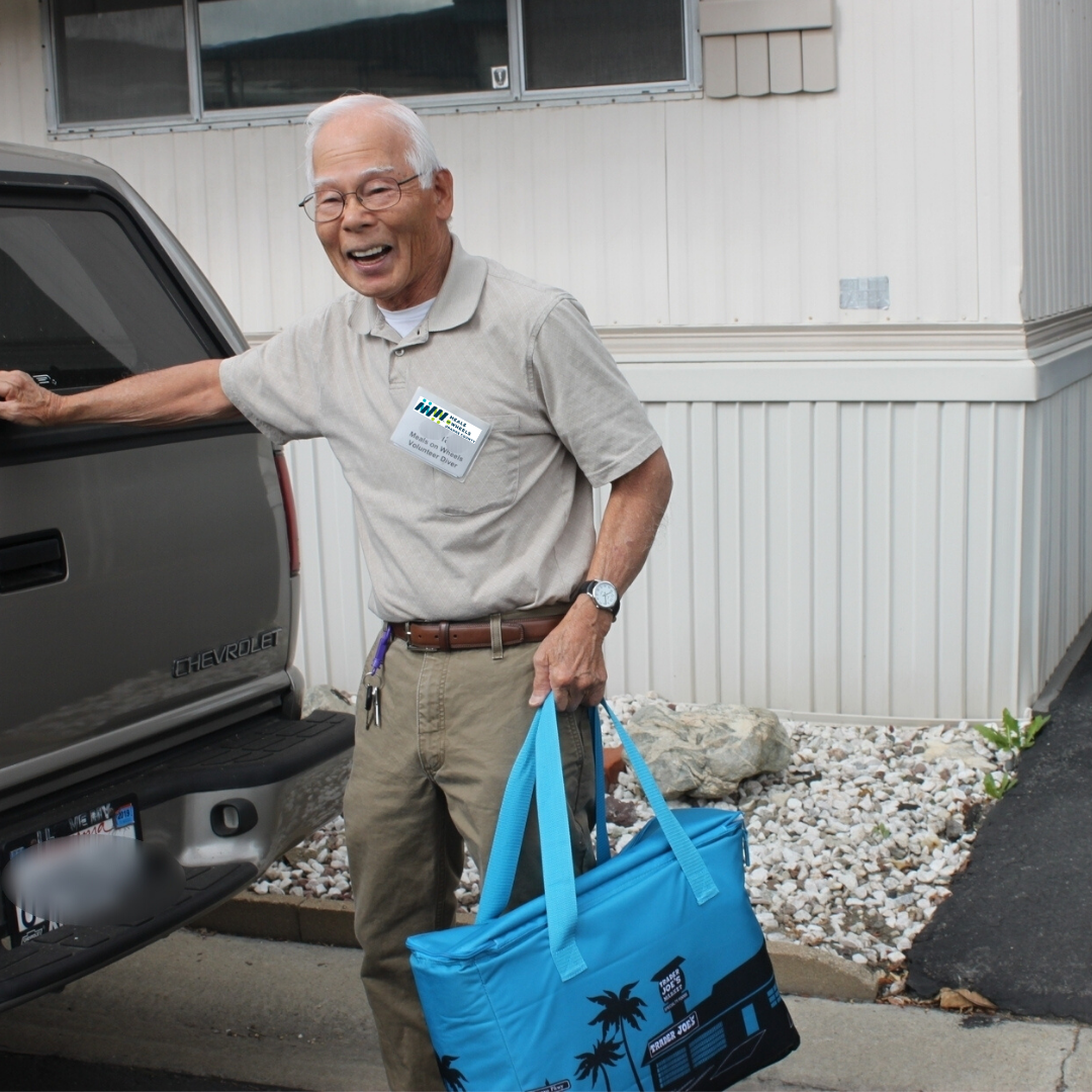 Help us deliver nearly 1 million meals to Orange County seniors each year